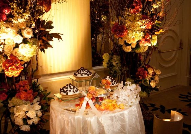 LA Wedding Planner Wayne Gurnick: full service wedding design, planning and coordination at The Beverly Hills Hotel